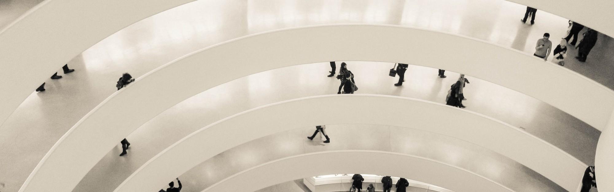 Wie komme ich kostenlos in viele Museen in New York?