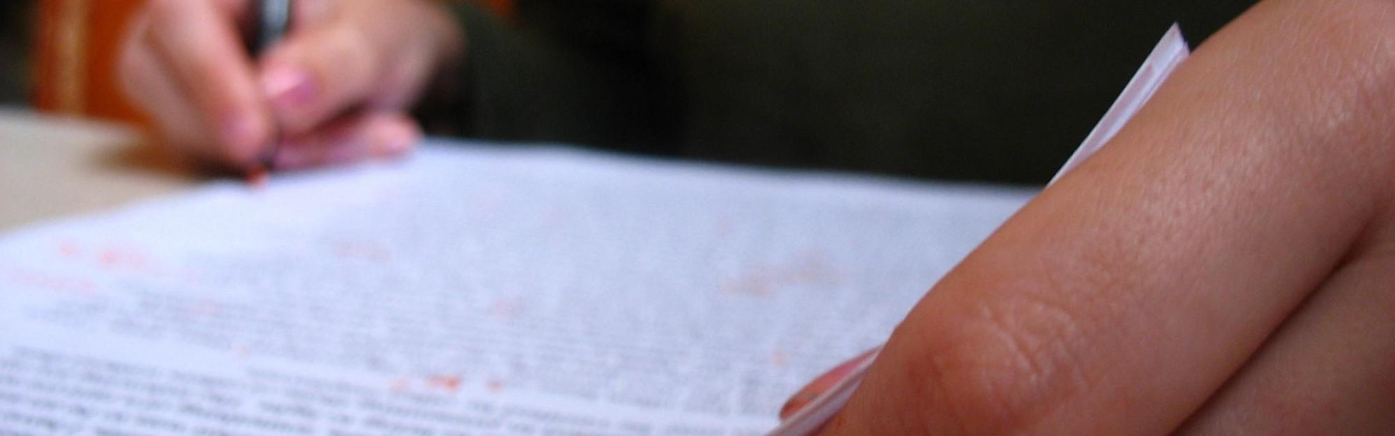 Wie schreibe ich eine Redeanalyse?