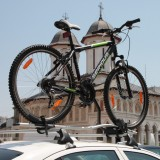 Bike-Support-Vehicle_Bicycle-on-top-of-Car__IMG_7350