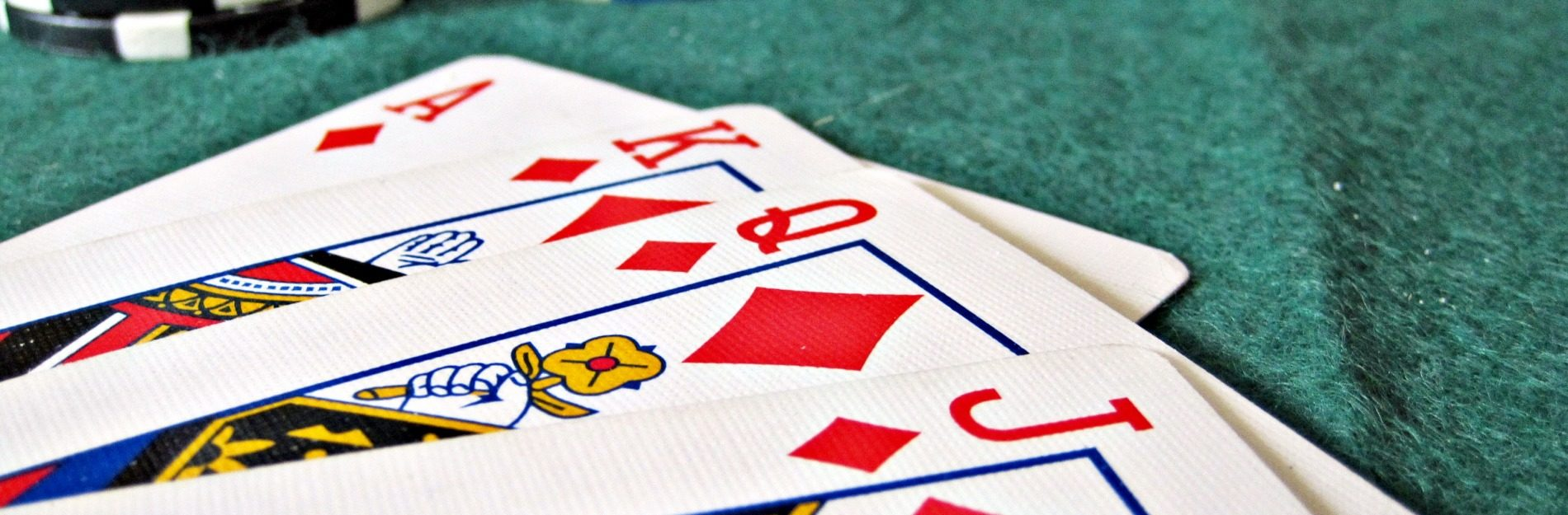 Worauf sollte ich beim Pokern im Internet achten?